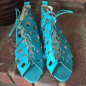 Women's Urban Outfitter turquoise sandals